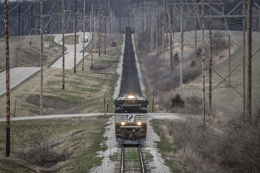 03.18.15 NS NDN1 Headed up the grade at West Franklin, In